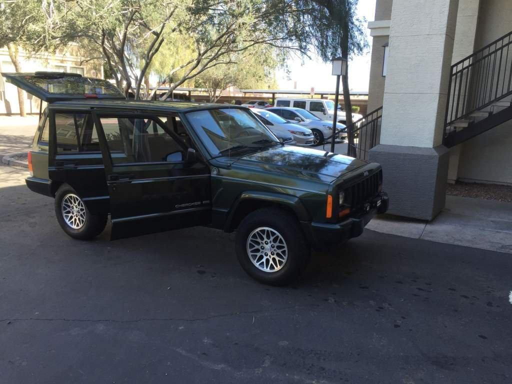 jeep2.thumb.jpg.f822764b3f281f31d0b4111a13c62ed5.jpg